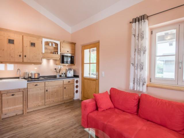 Fewo Seehof Sitzecke mit Küchenzeile