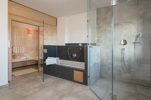 Badezimmer mit Sauna Pferdekoppel